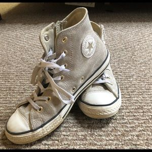 Girls Converse sneakers size 4